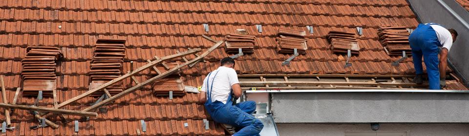 dakdekker leggen dakpannen